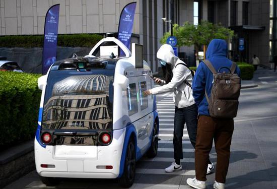北京6条高速逐步开放自动驾驶测试!逐步尝试安全员撤出
