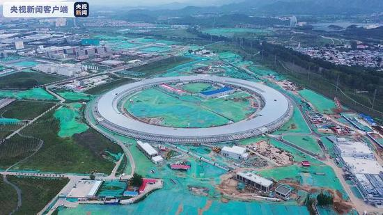 中国第一台高能同步辐射光源完成首台设备安装